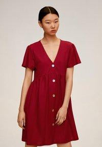 Mango - THALIA - Robe chemise - kersenrood - 0