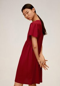 Mango - THALIA - Robe chemise - kersenrood - 3