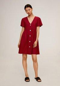 Mango - THALIA - Robe chemise - kersenrood - 1