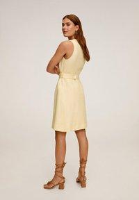 Mango - BORELI - Korte jurk - pastellgelb - 2