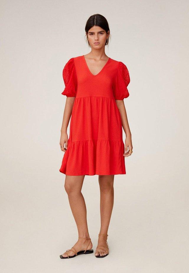 ALICE - Korte jurk - koraalrood