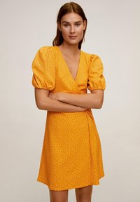 Mango - CACHE-CŒUR À POIS - Vapaa-ajan mekko - moutarde - 0