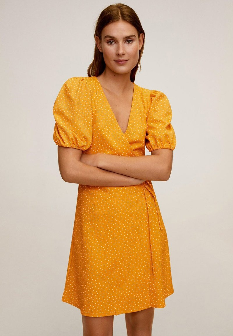 Mango - CACHE-CŒUR À POIS - Vapaa-ajan mekko - moutarde