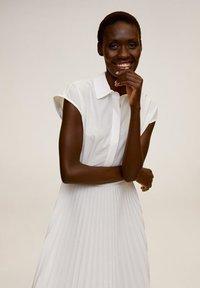 Mango - MIRI - Shirt dress - cremeweiß - 3