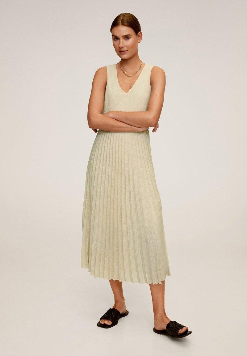 Mango - VERDI - Vestido largo - sandfarben