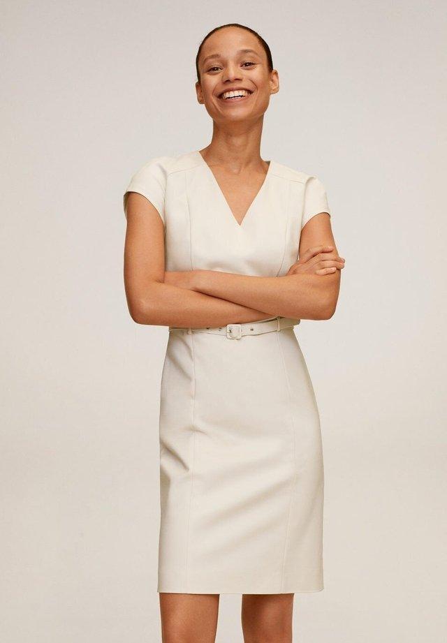 COFI7-N - Sukienka etui - beige