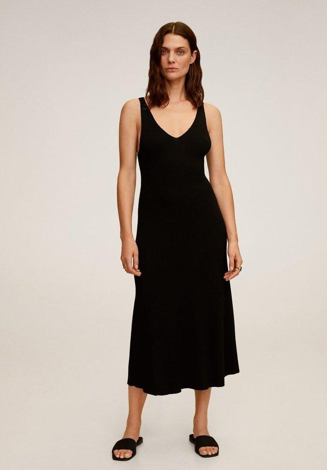 AMSTER - Vestido de punto - noir