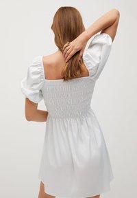 Mango - BEATRIZ - Korte jurk - blanc cassé - 2