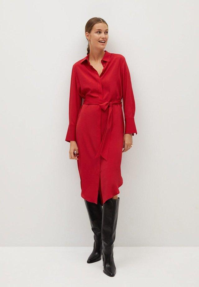 BASIC - Robe chemise - rot