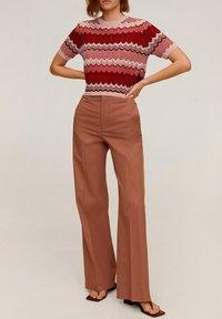 Mango - CHEVRY - T-Shirt print - rouge - 1