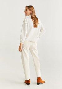 Mango - TASHI - Button-down blouse - Cream white - 2