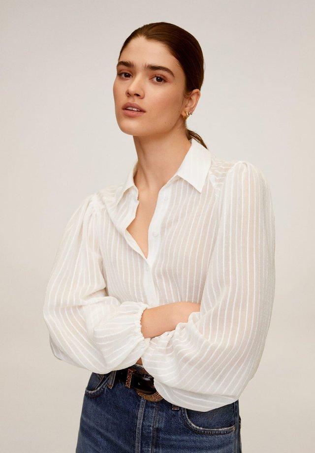 ADRIANA - Overhemdblouse - cremeweiß