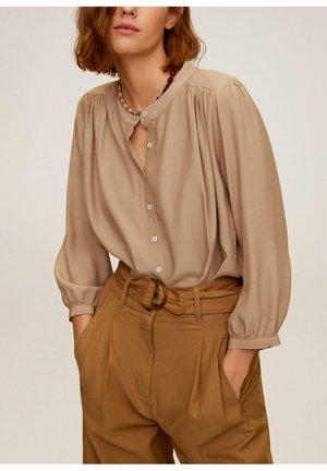 VERA - Button-down blouse - mittelbraun