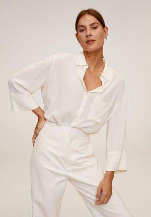 LEASLE - Button-down blouse - cremeweiß