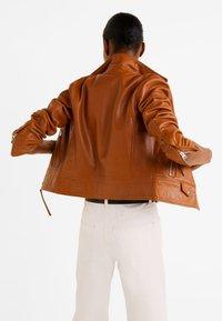 Mango - PERFECT - Leather jacket - cognac - 2