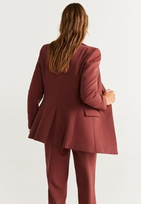 Mango - OFFICE - Manteau court - red brown - 2