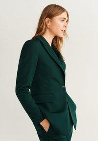 Mango - OFFICE - Short coat - dark green - 3