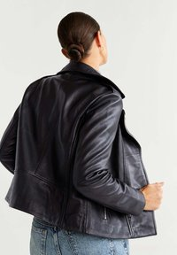 Mango - PERFECT - Leather jacket - black - 2