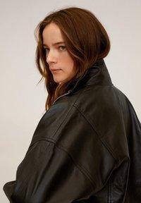 Mango - DANERIS - Leather jacket - schwarz - 4