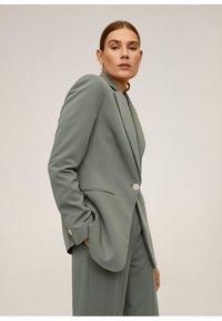 Mango - OFFICE - Short coat - grün - 0