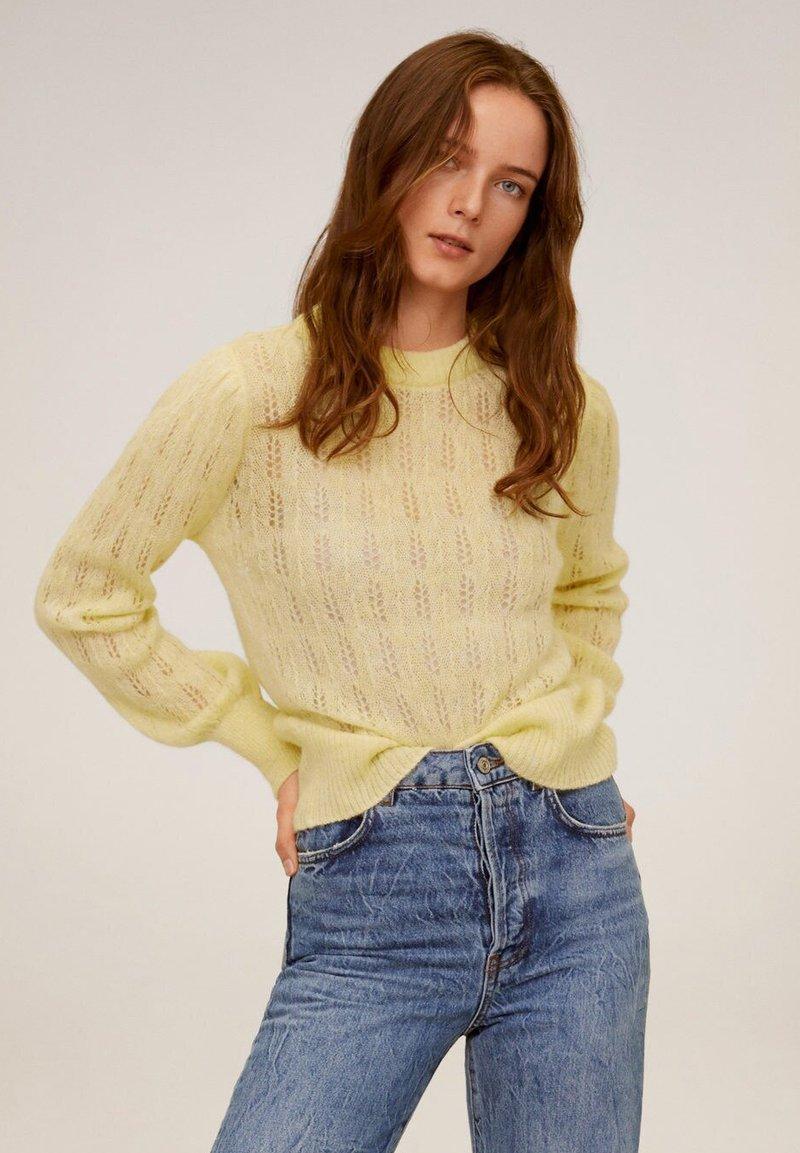 Mango - ROCIO - Sweter - pastel yellow