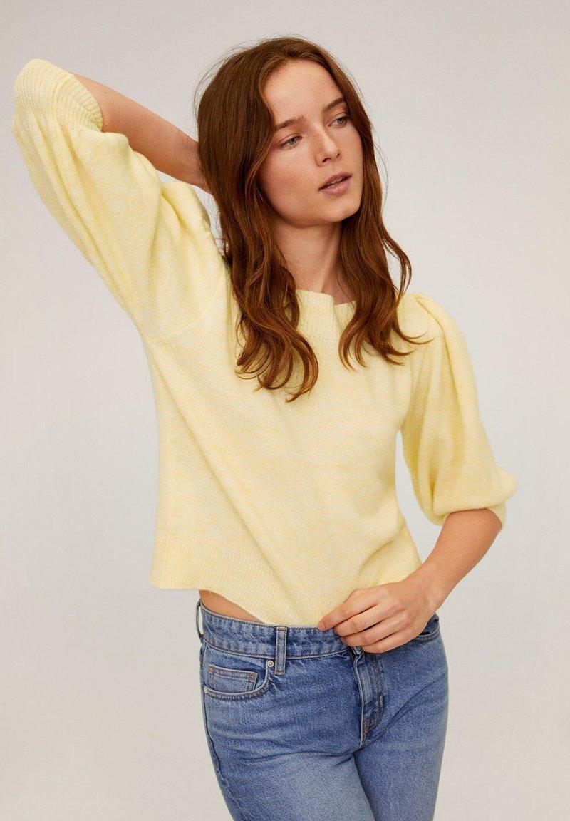 Mango - TINTIN - Sweter - pastellgelb