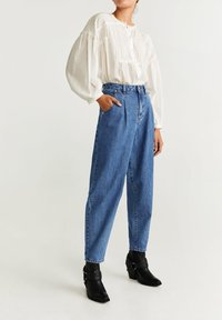 Mango - REGINA - Straight leg jeans - medium blue - 0
