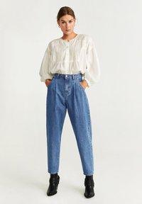 Mango - REGINA - Straight leg jeans - medium blue - 1