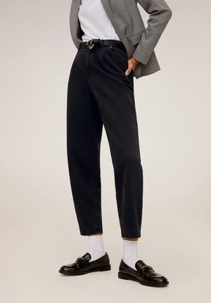 REGINA - Straight leg jeans - black