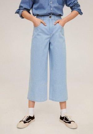 UNDER - Jeans a zampa - light blue