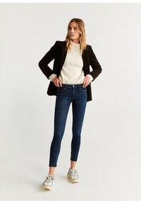 Mango - KIM - Jeans Skinny Fit - bleu foncé - 1
