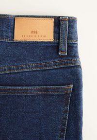 Mango - MOM - Slim fit jeans - dunkelblau - 7