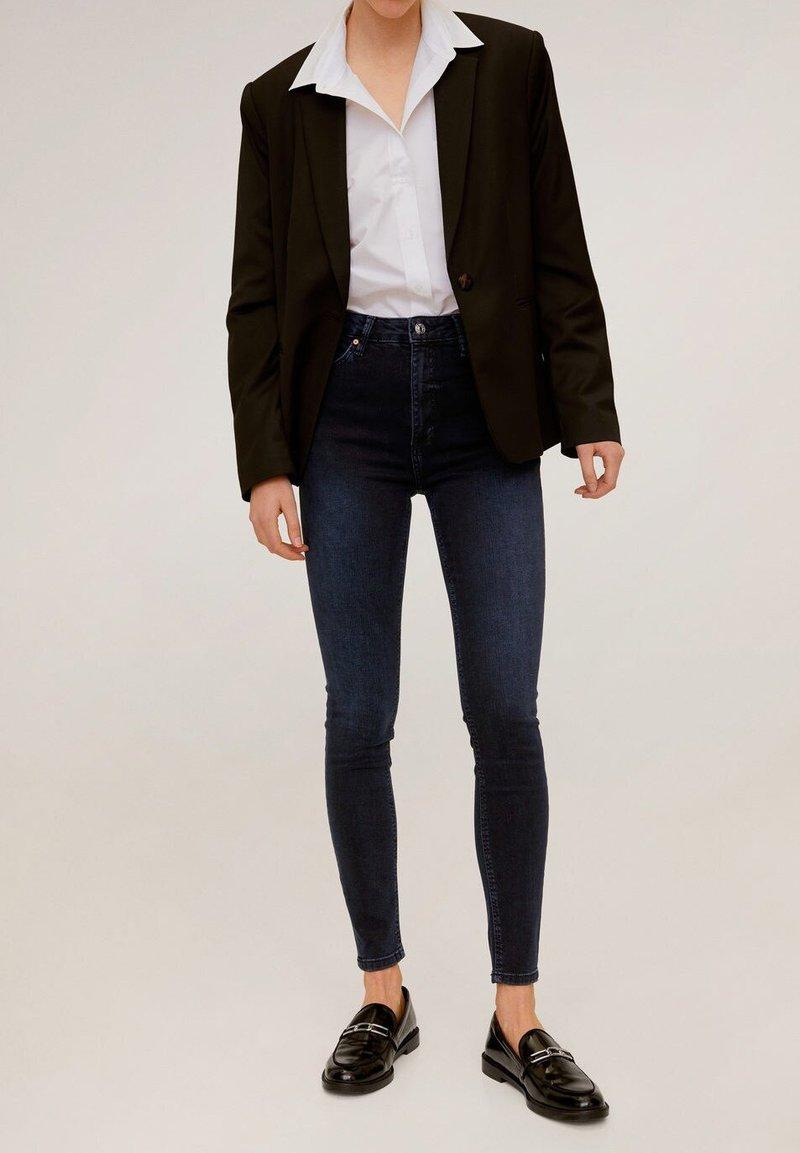 Mango - NOA - Jeans Skinny Fit - diep donkerblauw