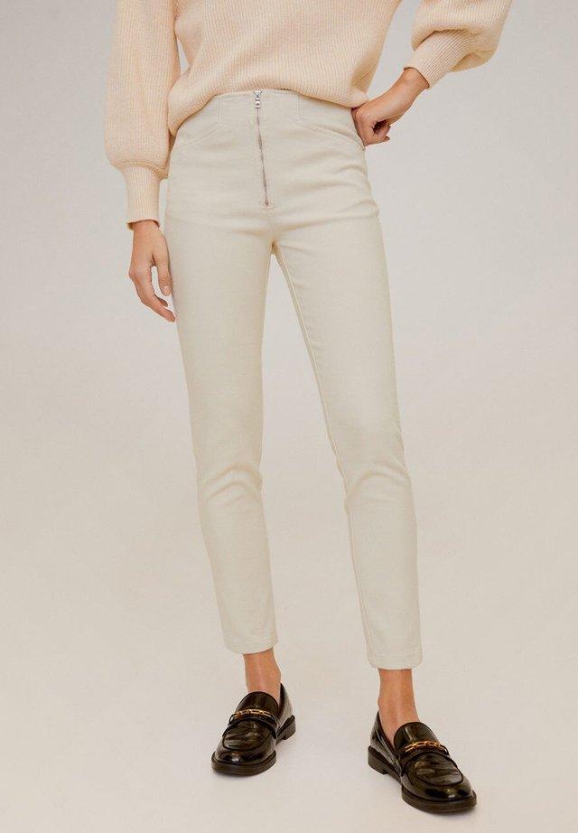 LUCIA - Spodnie materiałowe - ecru