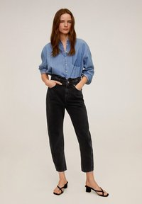 Mango - SLOUCHY - Jeansy Relaxed Fit - black denim - 1