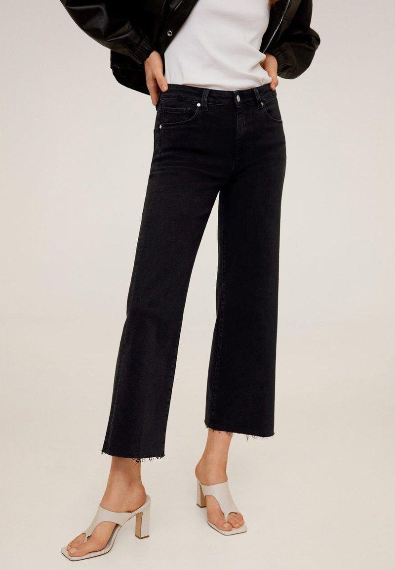 Mango - AUDREY - Flared Jeans - black denim