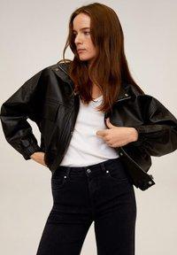 Mango - AUDREY - Flared Jeans - black denim - 3