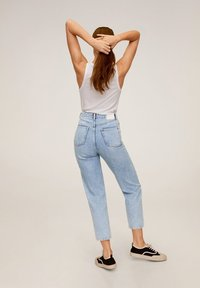 Mango - BALLOON - Jeansy Relaxed Fit - mittelblau - 2