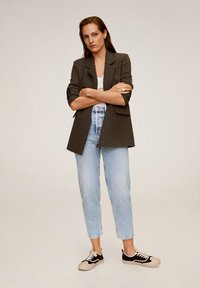 Mango - BALLOON - Jeansy Relaxed Fit - mittelblau - 1