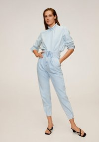 Mango - EDITION - Jeansy Relaxed Fit - Light Blue - 1