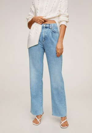 DANIELA - Flared Jeans - Medium blue