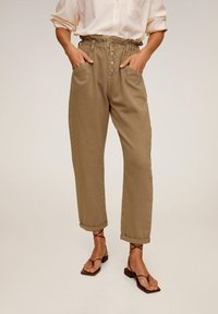 Mango - PAPERBAG - Jeansy Straight Leg - brown - 1