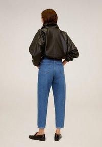 Mango - REGINA - Jeansy Straight Leg - mellemblå - 2
