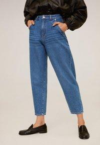Mango - REGINA - Jeansy Straight Leg - mellemblå - 0