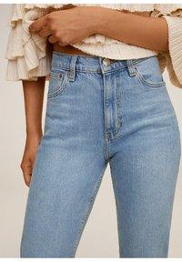 Mango - NEWMOM - Slim fit jeans - hellblau - 5