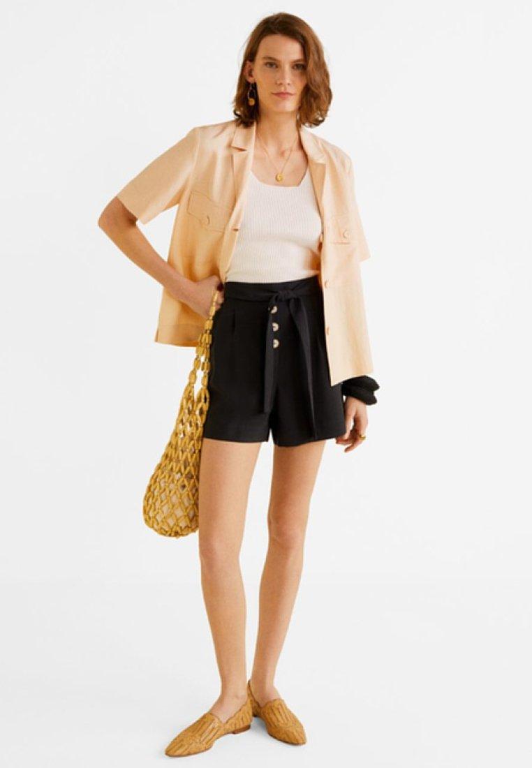 Mango - TEXTURE - Shorts - black
