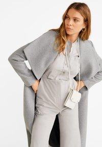 Mango - BARTO - Classic coat - mottled light grey - 3