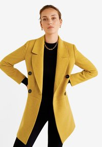 Mango - ROCK - Cappotto corto - mustard yellow - 0