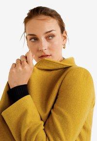 Mango - ROCK - Cappotto corto - mustard yellow - 5