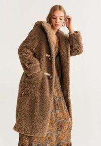 Mango - RENNE - Płaszcz zimowy - camel - 0